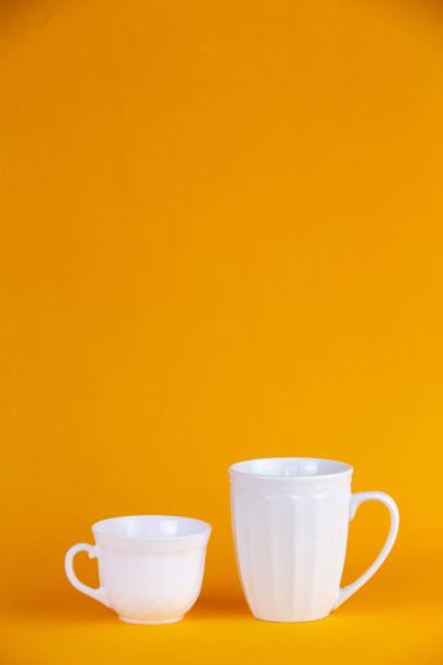 par de tazas de café - gerardo huitrón fotografías e imágenes de stock