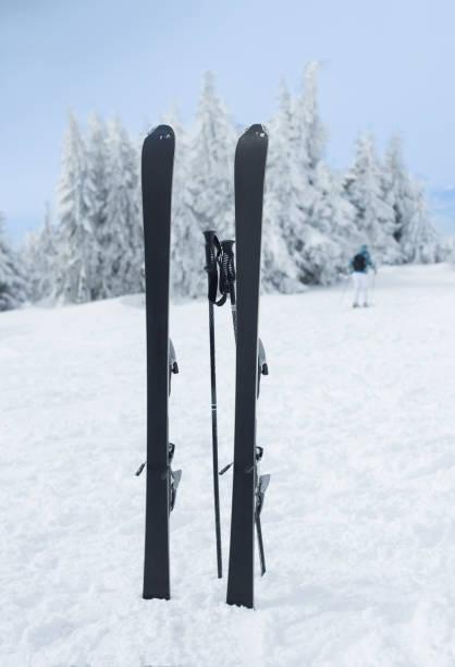 Pair of sticks stuck in snow picture id928995158?b=1&k=6&m=928995158&s=612x612&w=0&h=zhadyis3q6agkbh3hkvduiwhuevcvex9pndpt92nq 4=