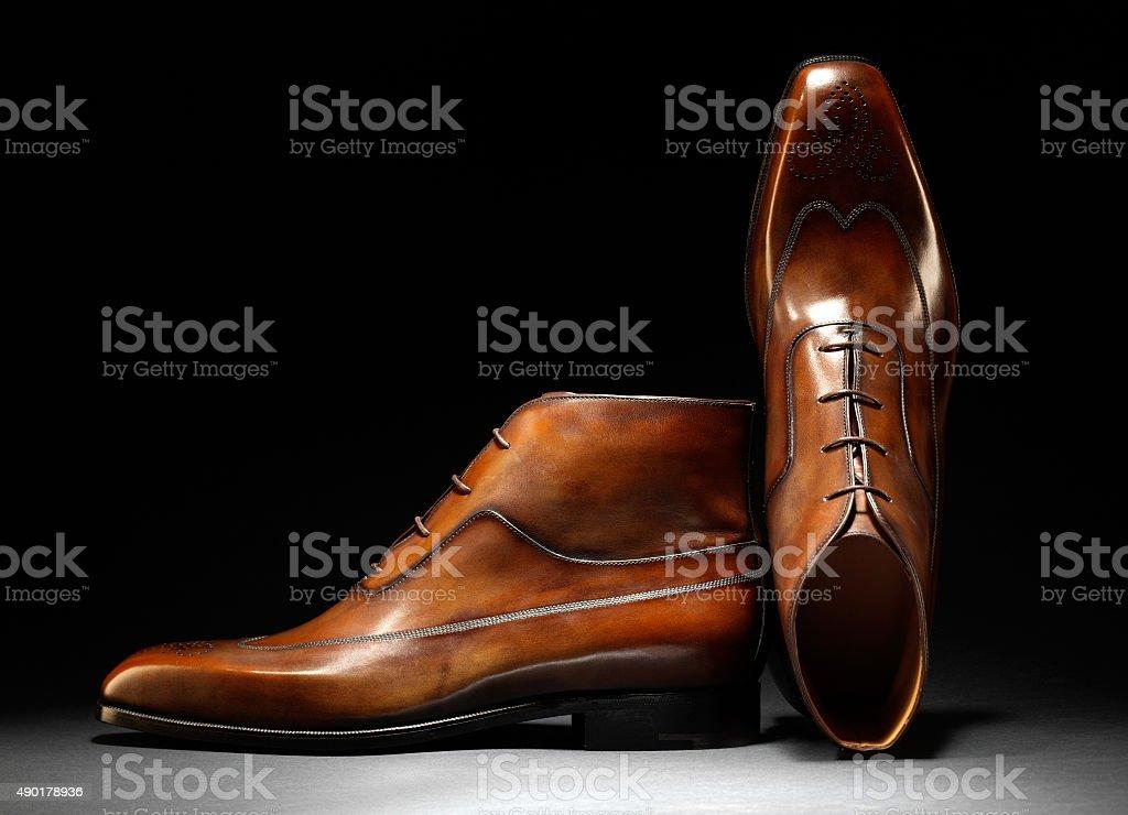 Stylische handgefertigte braunem Leder und Schuhe - Lizenzfrei Schuhwerk Stock-Foto