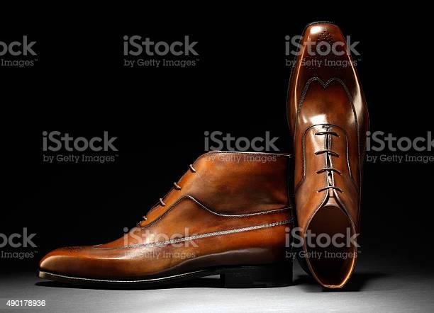 Stylische Handgefertigte Braunem Leder Und Schuhe Stockfoto und mehr Bilder von Schuhwerk