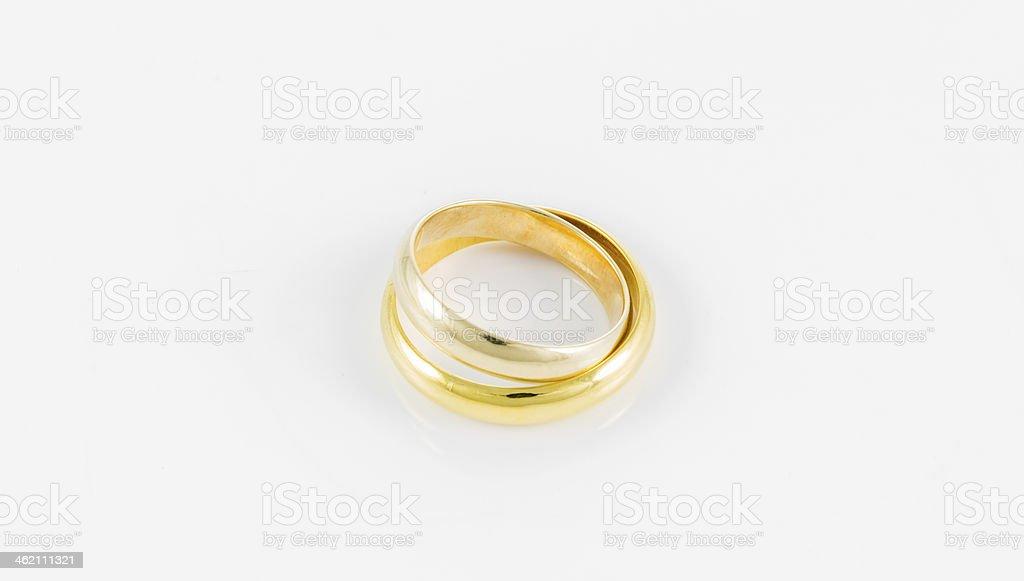 Photo Libre De Droit De Deux Anneaux De Mariage à Golden