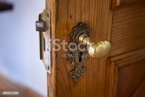Palace lock with handle, made of brass