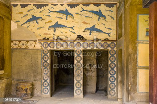 Palace of Knossos, Queen's chamber. Ancient frescoes on the walls, walls decorated with images of dolphins. The mysterious chamber of the goddess.
