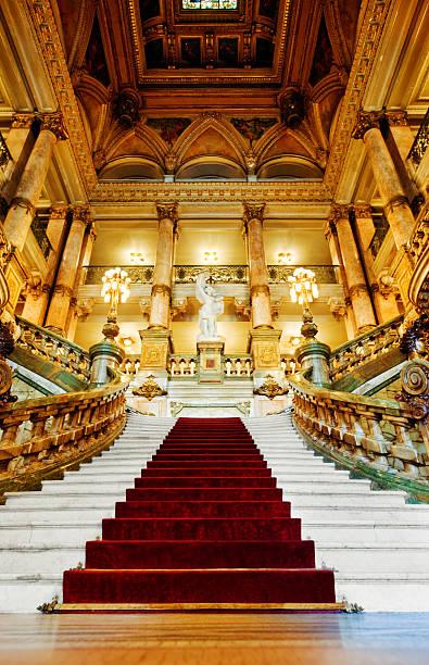 palace - eingangshalle wohngebäude innenansicht stock-fotos und bilder
