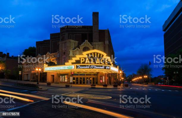 Palace Theater Albany Ny On A Quiet Rainy Saturday Night Stock Photo - Download Image Now