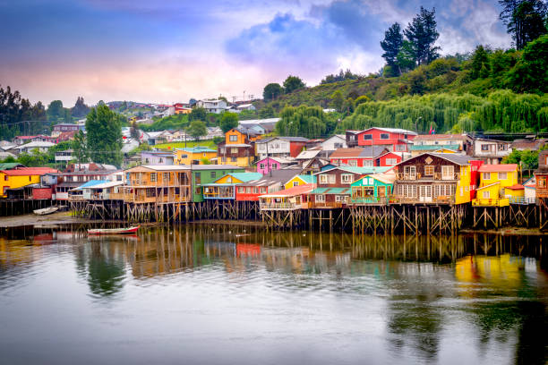Palafitos in Castro Palafitos in Castro. Castro is the capital of Chiloe Province, in the Los Lagos Region, Chile. Palafitos are houses raised on piles over the surface of the soil or a body of water chile stock pictures, royalty-free photos & images