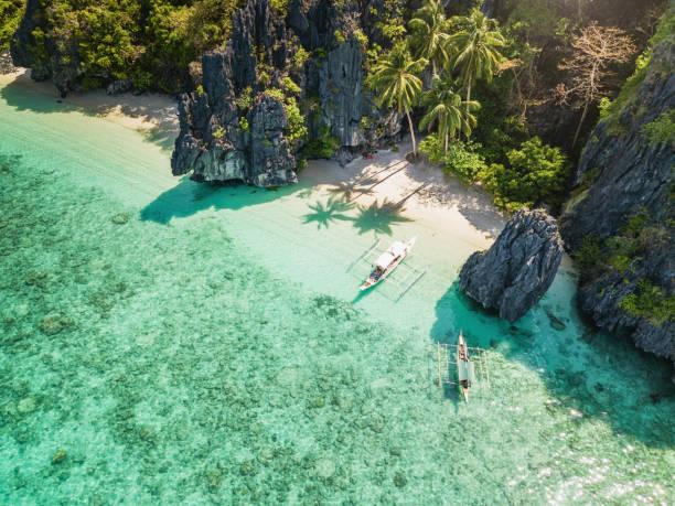 el nido talula beach, na ilha de palawan nas filipinas - laguna - fotografias e filmes do acervo