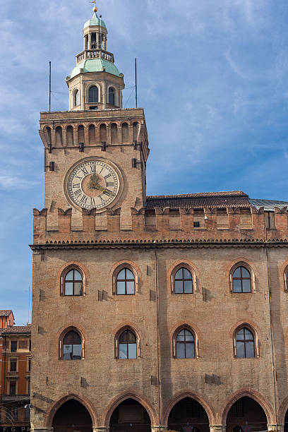 Palazzo d'Accursio in Bologna Palazzo d'Accursio, also called palazzo comunale, in Piazza Maggiore, Bologna, Italy artistical stock pictures, royalty-free photos & images