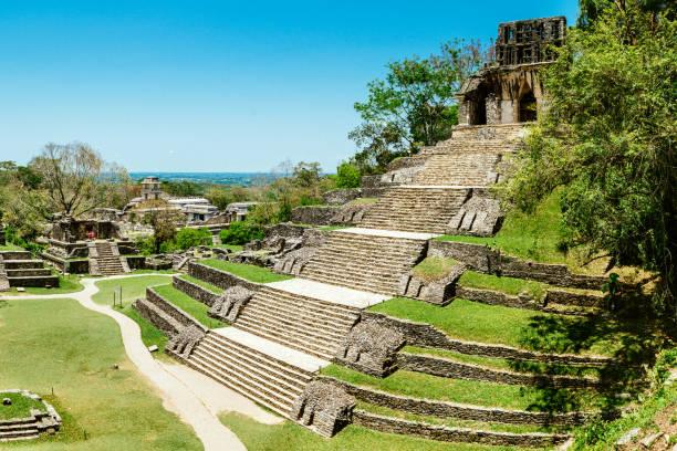 Meksiko - Page 7 Palenque-chiapas-mexico-picture-id680790308?k=6&m=680790308&s=612x612&w=0&h=Mdl0hUsBmNi1oIa_i-ibeG9ZBEvBq0Qyvd1zwdZAPZY=