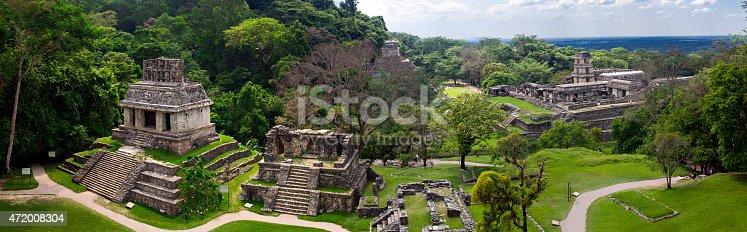 istock Palenque / Mexico - Mayan ruins - Panorama 472008304
