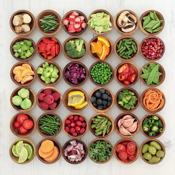 paleolítico dieta alimentos - vitamina a fotografías e imágenes de stock