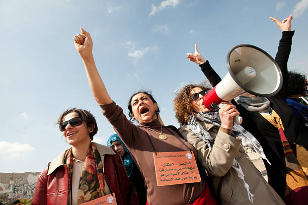 die palästinenser märz auf international women's day - trennungssprüche stock-fotos und bilder