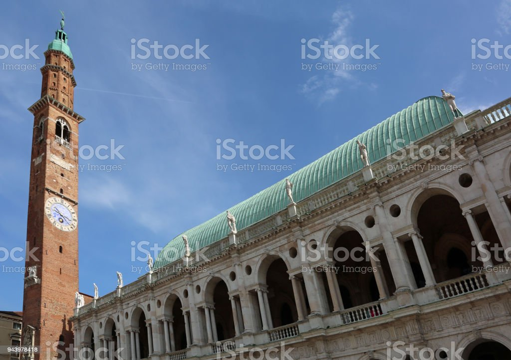 Palladian basilica designed by architect Palladio with the high - foto stock