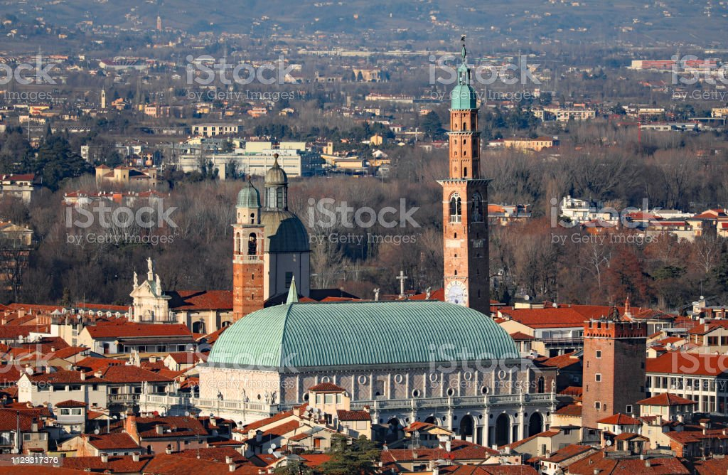 Palladian Basilica in Vicenza also called city of Palladio has b - foto stock