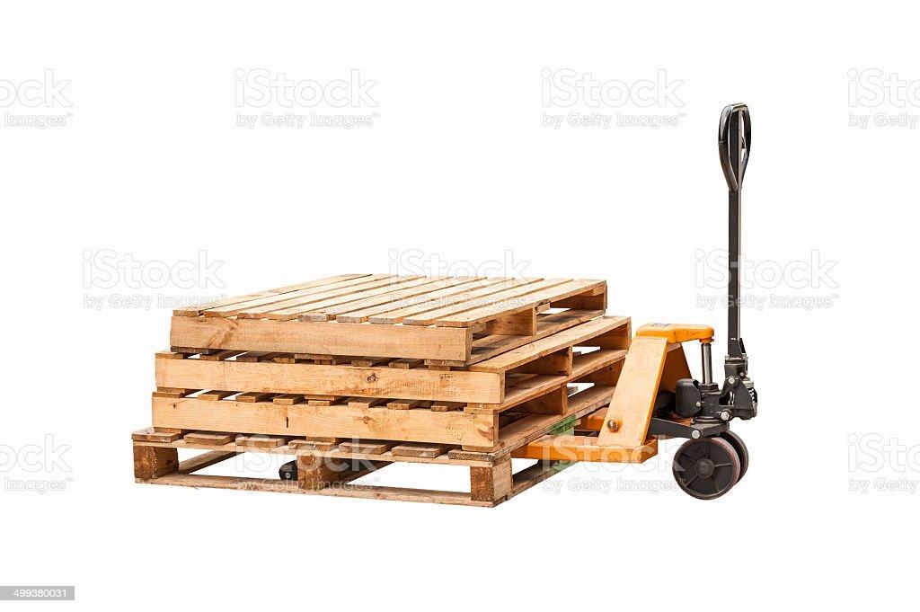 Paletten-LKW mit Stapel Holz Paletten – Foto