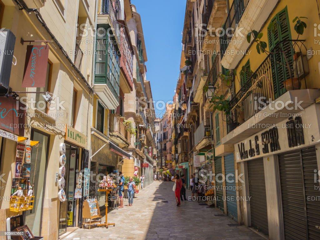 Palma de mallorca spain views of the streets of the old - Muebles baratos palma de mallorca ...