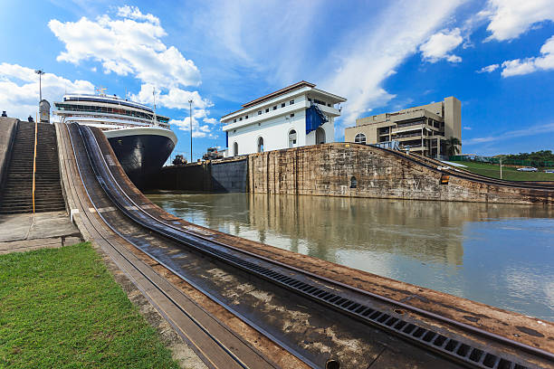 Panama Canal Ship exits locks at the Panama Canal towards the Pacific Ocean sea channel stock pictures, royalty-free photos & images