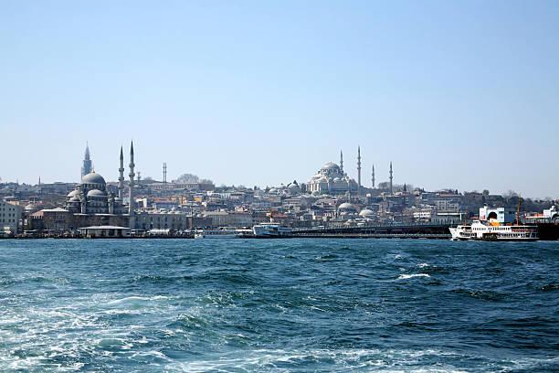 панорамный istanbul wiev - каракёй стамбул стоковые фото и изображения