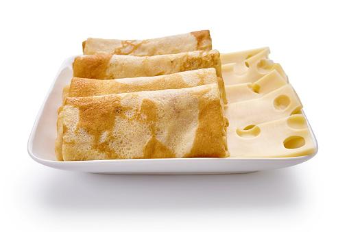 Foto de Panquecas Com Queijo São Isoladas Em Um Fundo Branco e mais fotos de stock de Almoço