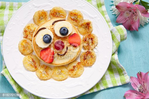 istock Pancakes with fruits for kids 515270128