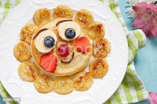 istock Pancakes with fruits for kids 516657556