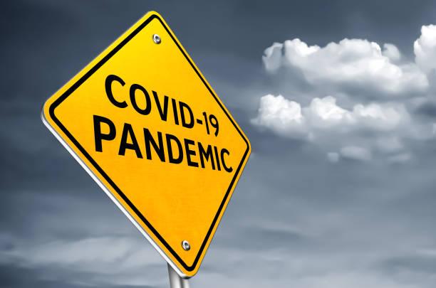 COVID 19 Pandemie - Roadsign-Meldung – Foto