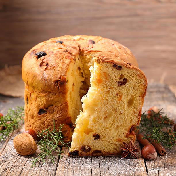 panettone,italian christmas cake - panettone foto e immagini stock