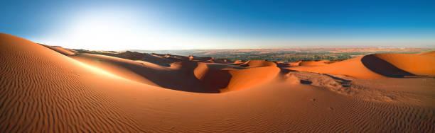Panorama 3, Desert Rub' al Khali, Liwa Panorama 3, Desert Rub' al Khali, Emirates, Abu Dhabi, Liwa, Jan.2018 namib desert stock pictures, royalty-free photos & images