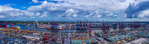 Luftbild Panorama des Hamburger Hafens – Foto