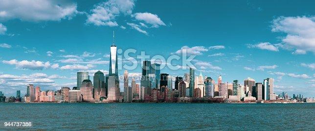 910867946 istock photo Panorama Downtown Manhattan Jersey City to New York 944737386