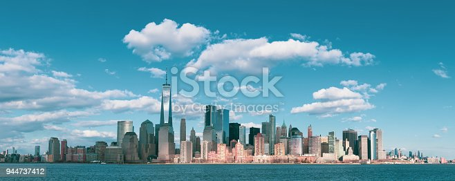 910867946 istock photo Panorama Downtown Manhattan Jersey City to New York 944737412