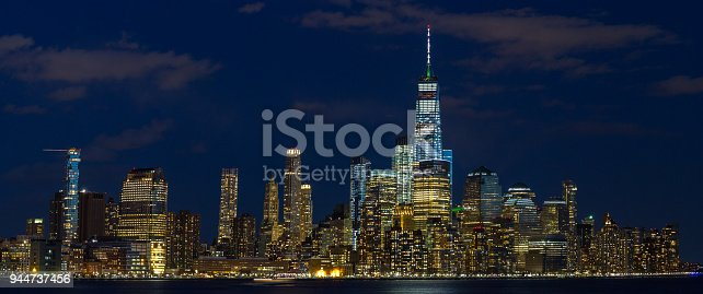 910867946 istock photo Panorama Downtown Manhattan Jersey City to New York 944737456