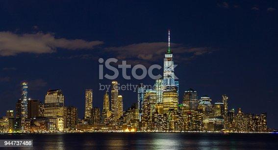 910867946 istock photo Panorama Downtown Manhattan Jersey City to New York 944737486
