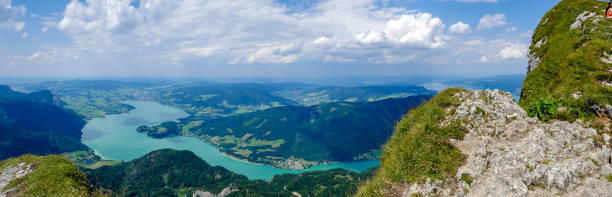 Panorama Mondsee from above in the Salzkammergut – Foto