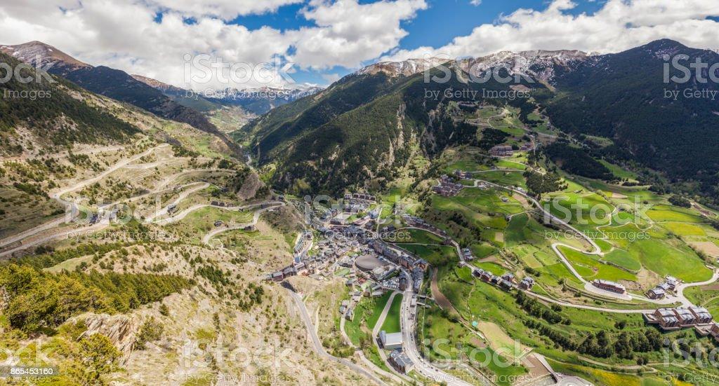 Panorama de Canillo - vista aérea - foto de acervo