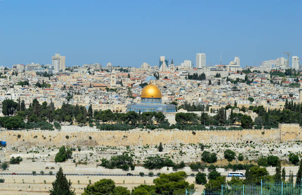 panorama of Jerusalem panorama of Jerusalem with of the Temple Mount and Dome of the Rock and Al Aqsa Mosque historical palestine stock pictures, royalty-free photos & images