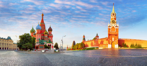 Panorama of Kremlin, red square in Moscow, Russia Panorama of Kremlin, red square in Moscow, Russia moscow russia stock pictures, royalty-free photos & images
