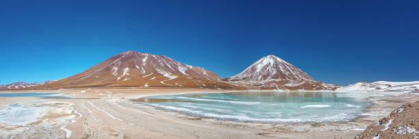 Panorama of laguna verde sud lipez province potosi bolivia picture id1160961968?b=1&k=6&m=1160961968&s=612x612&w=0&h=i4d35n57hlnxuntu5nluolpy0dllnlfekjd3ogrcjtk=