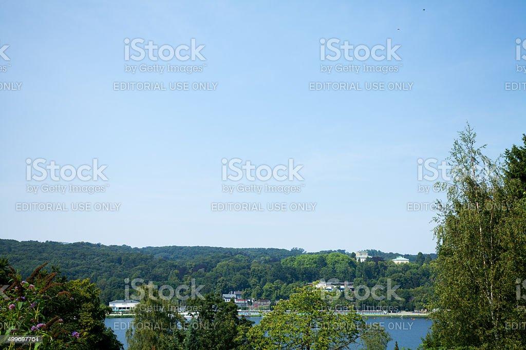 Panorama des lake Baldeneysee und woods – Foto