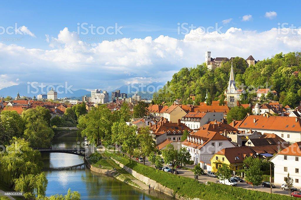 Panorama von Ljubljana (Slowenien, Europa. - Lizenzfrei Abenddämmerung Stock-Foto