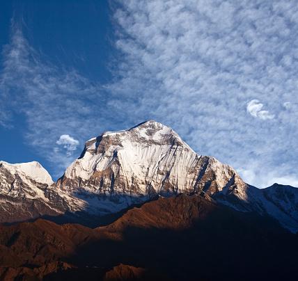 네팔 히말라야에서 산 Dhaulagiri의 파노라마 0명에 대한 스톡 사진 및 기타 이미지