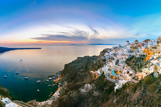 panorama of oia at sunset, santorini, greece - caldera bildbanksfoton och bilder