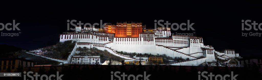 Panorama of Potala Monastery in Lhasa at Night, Tibet Autonomous Region, China stock photo