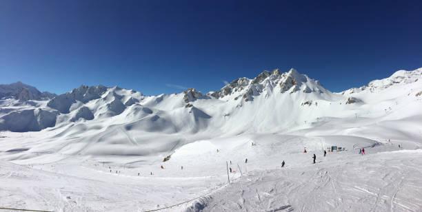 Panorama der Ski Pisten in Tignes, Skigebiet in den Alpen, Frankreich – Foto