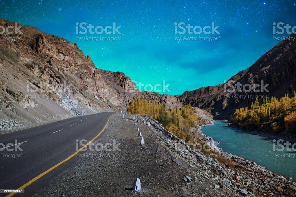 Panorama de nuit étoilée dans la partie nord de l'Inde photo libre de droits