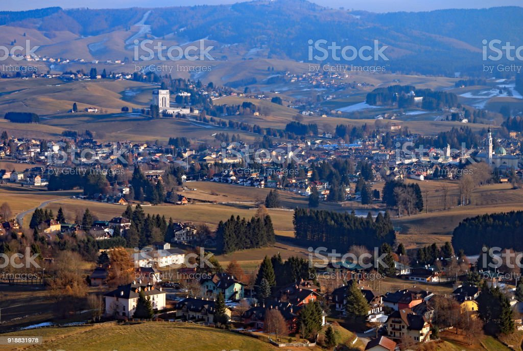 panorama of the city of Asiago in Northern Italy - foto stock