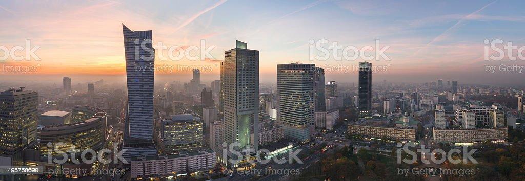Panorama der Stadt Warschau während Sonnenuntergang – Foto