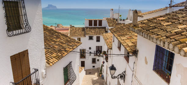 Panorama de casas blancas en el casco antiguo de Altea, España - foto de stock