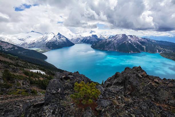 panorama ridge in zomer, bc, canada - vancouver canada stockfoto's en -beelden