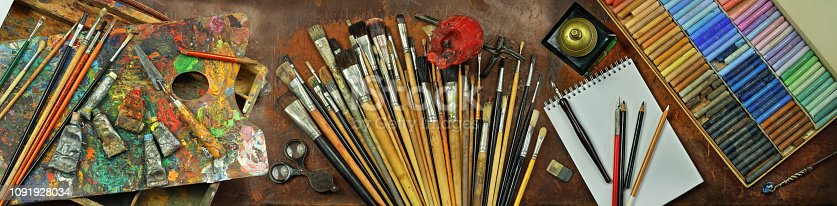 istock Panorama still life with artist's tools 1091928034